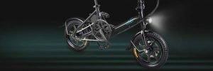 bici elettrica con pedalata assistita con luci a led fiido d3
